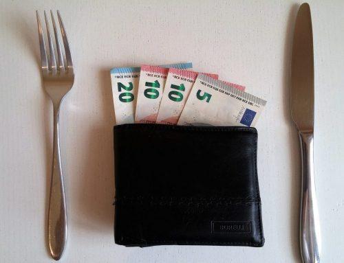 Pincér fizetése