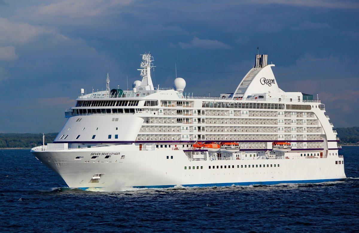 Munka óceánjáró hajón